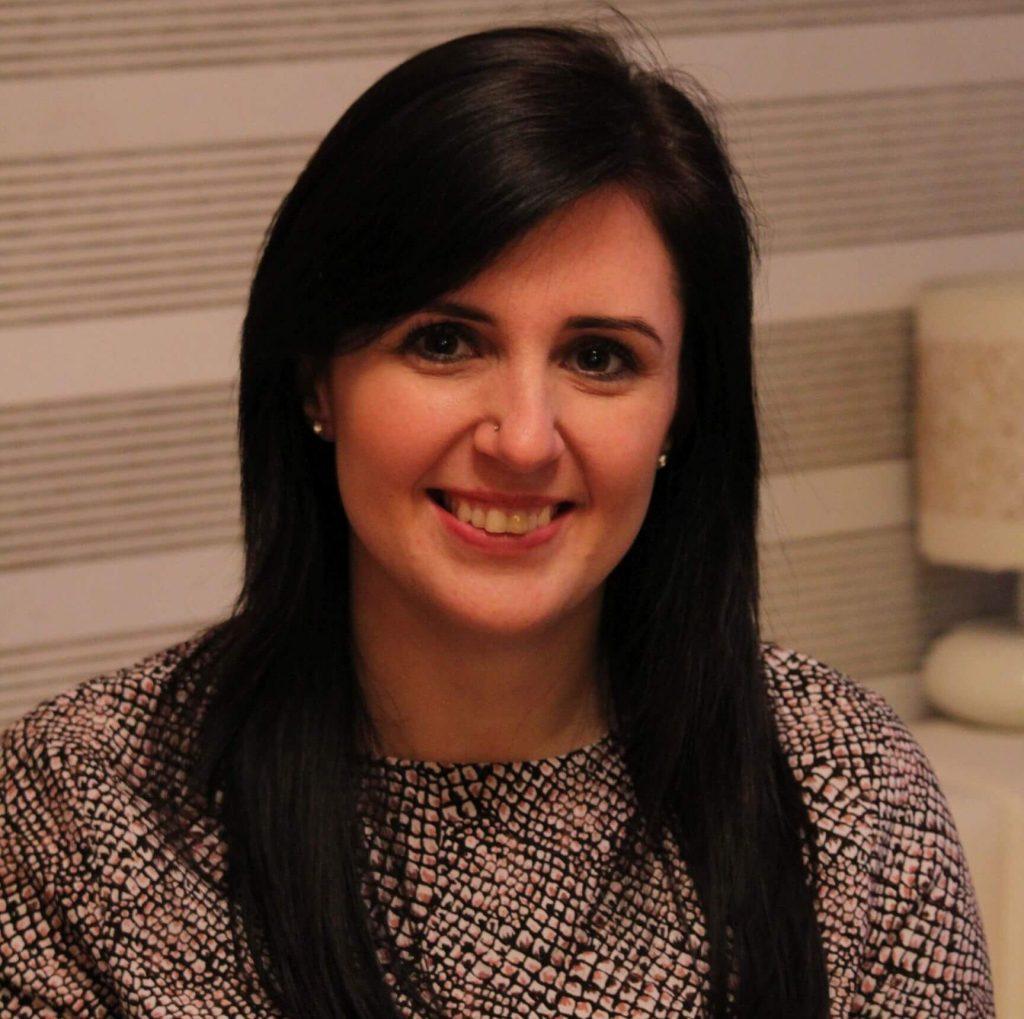 Barna Zsófi pályázatíró